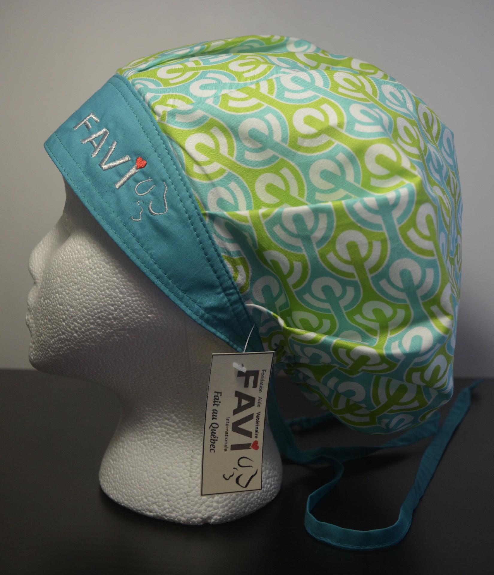 3786ef50f7f surgical bouffant cap- 76 in green and blue