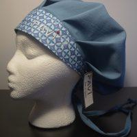 chapeau de chirurgie bouffant bleu acier et Les petits cercles en bleu