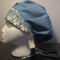 chapeau de chirurgie bouffant bleu acier et Les pétales années 70