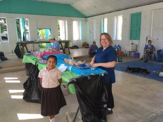 La Fondation Aide Vétérinaire Internationale à Sarteneja Belize