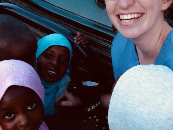 Gabrielle, stagiaire du Collège Lionel-Groulx en Tanzanie