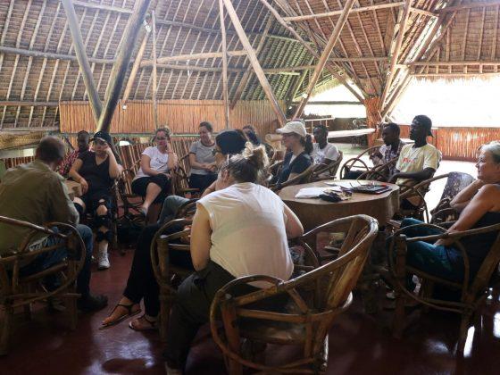 Journée d'orientation avec les stagiaires et l'équipe tanzanienne.