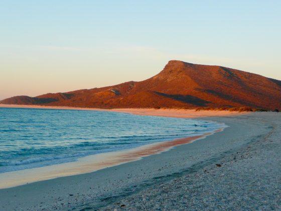 camping sur la plage Espiritu Santo, Baja California