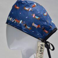 chapeau de chirurgie-chiens saucisses sur fond bleu