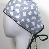 chapeau de chirurgie-Hop ! Hop! Les petits lapins en bleu ciel