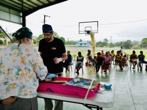 Clinique vétérinaire FAVI-CAWS à San Ignacio, Belize