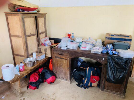 Matériel chirurgical clinique FAVI en Tanzanie